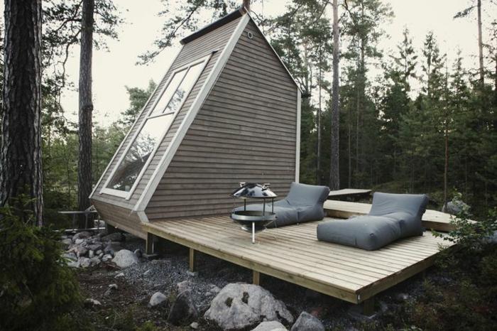 la-plus-petite-maison-cabane-dans-le-foret-de-style-minimalisme-le-minimalisme-en-architecture-moderne