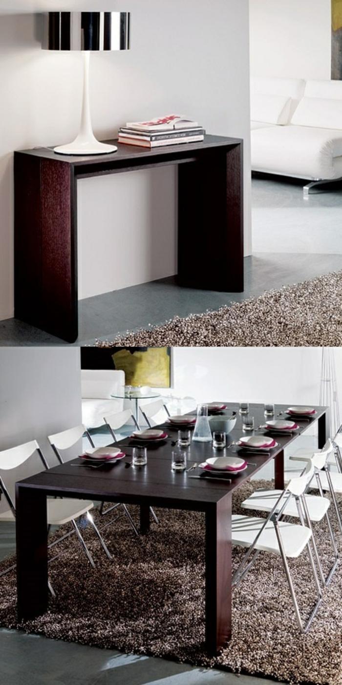le-meuble-gain-de-place-une-jolie-table-escamotable-en-bois-foncé