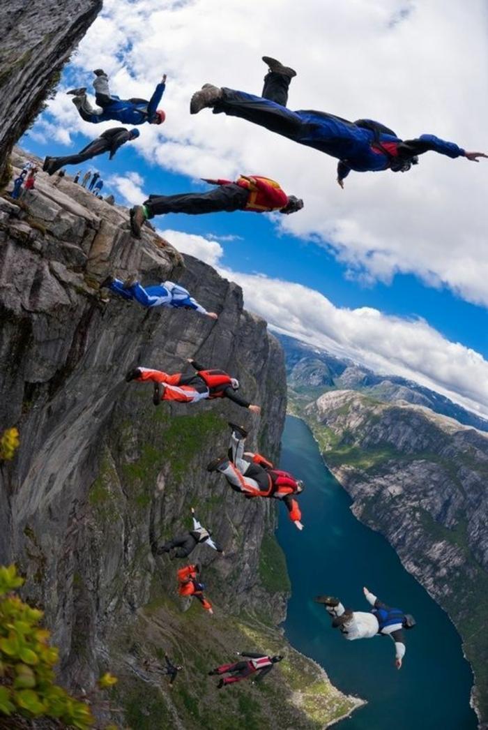 le-saut-parachute-belle-vue-de-l-hauteur-avion-images-belle-montagne