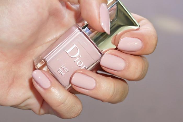 le-vernis-ongles-idée-beauté-mains-ongles-soin-esthétiques-à-rose-dior-resized
