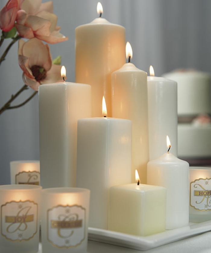 les-bougies-parfumees-idée-pour-la-décoration-de-votre-chambre-blanches-bougies