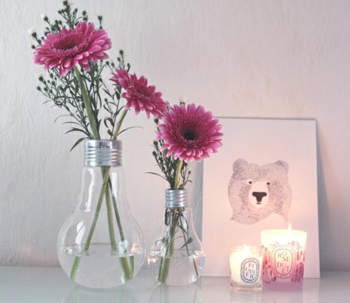 les-bougies-parfumees-idée-pour-la-décoration-de-votre-chambre-table-de-chevet-rangement-originale