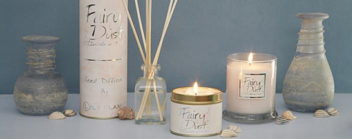 les-bougies-parfumees-idée-pour-la-décoration-de-votre-chambre-tout-blanc