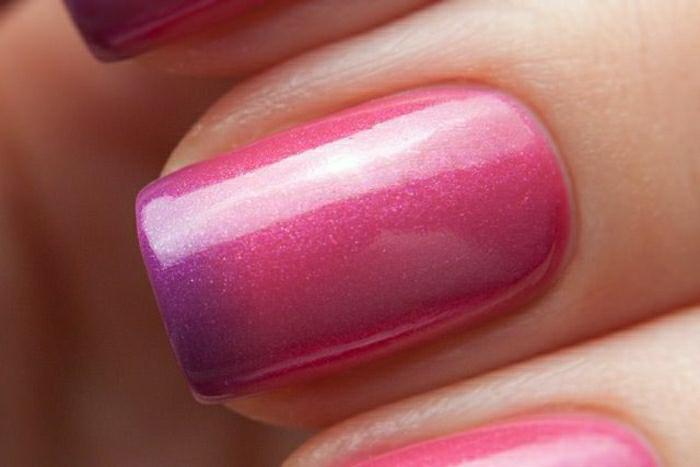 manucure-esthétiques-mains-et-couleur-aux-ongles-change-couleur-vernis-thermique-resized