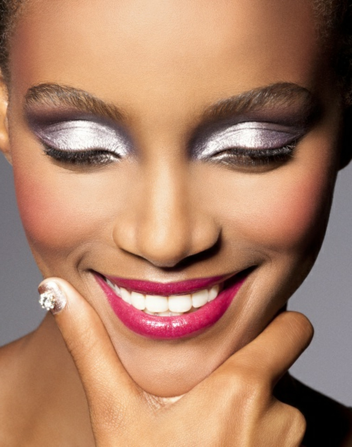maquillage-artistique-professionnel-a-poser-sur-votre-visage-comment-choisir-le-maquillage