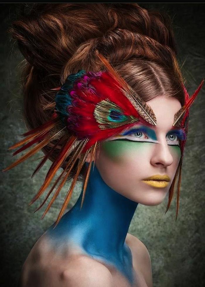 maquillage-artistique-une-jolie-femme-avec-le-plus-beau-maquillage-artistique