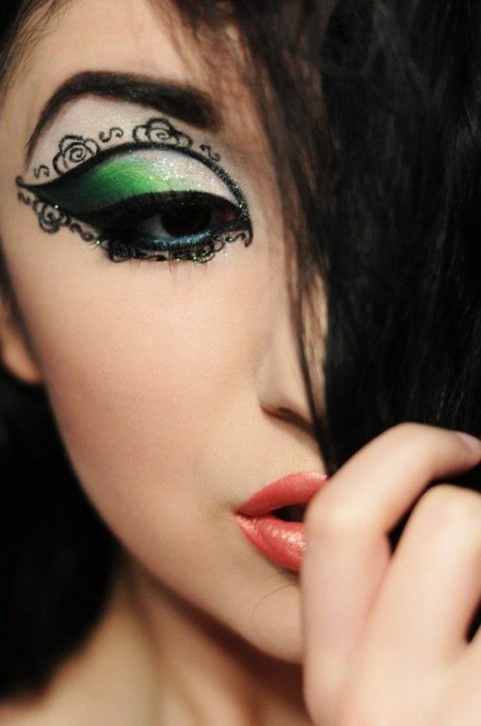 maquilleur-professionnel-pas-cher-maquillage-artistique-professionnel-pour-les-filles-modernes
