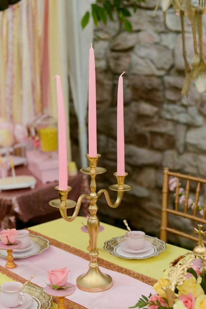 mariage-conte-de-fée-la-belle-et-la-bête-disney-déco-festive-décoration-table-bougie-rose