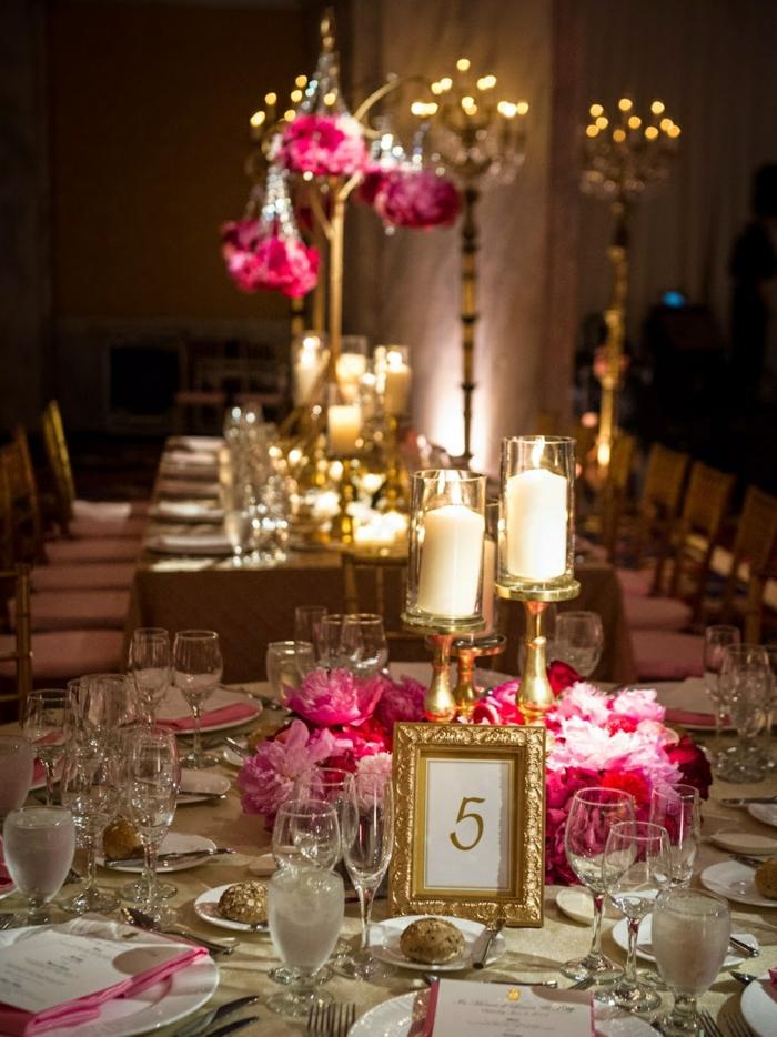 mariage-conte-de-fée-la-belle-et-la-bête-disney-déco-festive-décoration-table-dorée-et-roses