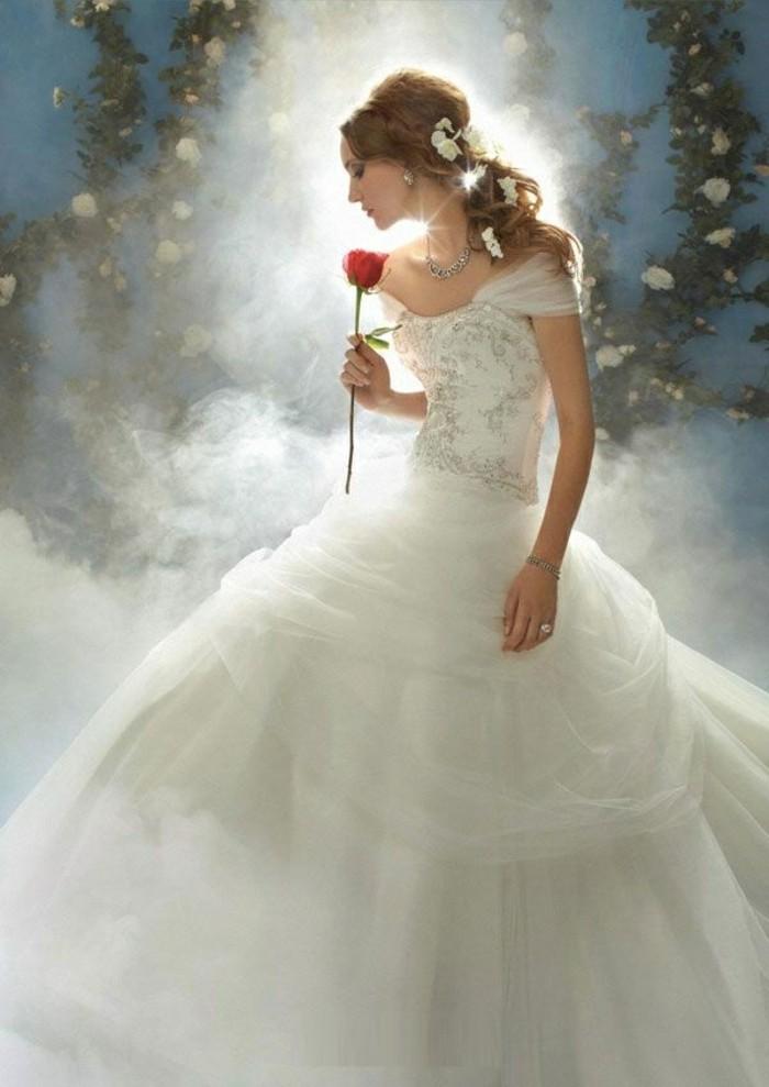 mariage-robe-de-mariée-princesse-de-Disney-Belle-et-la-bête-belle-princesse-rose