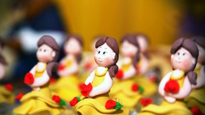 mariage-robe-de-mariée-princesse-de-Disney-Belle-et-la-bête-rose-idée-cookie