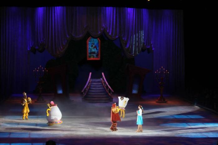 mariage-robe-de-mariée-princesse-de-Disney-Belle-et-la-bête-scène