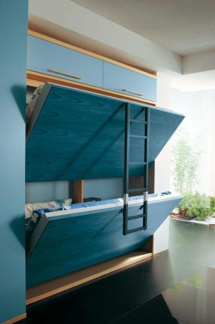 meuble-gain-de-place-chambre-avec-carrelage-noir-et-lit-supperposé