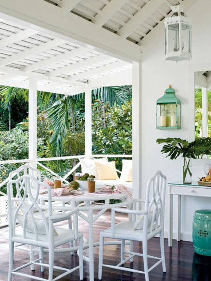 meubles-bambou-pas-cher-pour-la-verande-devant-la-maison-meubles-en-bois-blanc