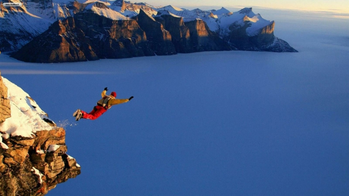 moniteur-parachutiste-école-de-parachutisme-idées-béauté-mer-en-hiver-rocher