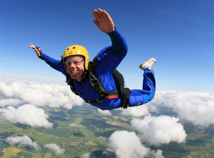 moniteur-parachutiste-école-de-parachutisme-idées-faire-à-soi-meme