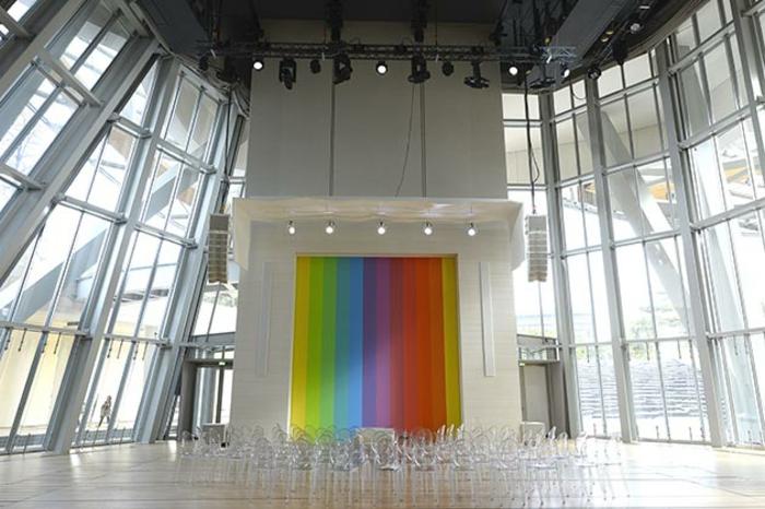 musée-louis-vuitton-fondation-porte-colorée