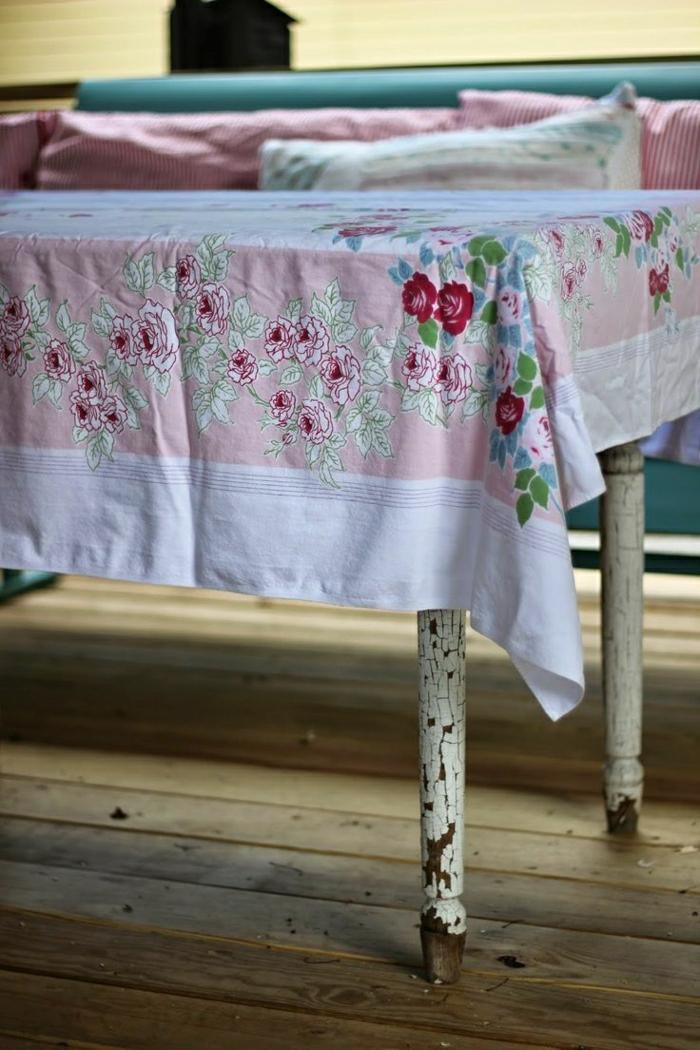 nappe-lin-enduit-au-mètre-comment-aménager-la-salle-à-manger-table-rustique