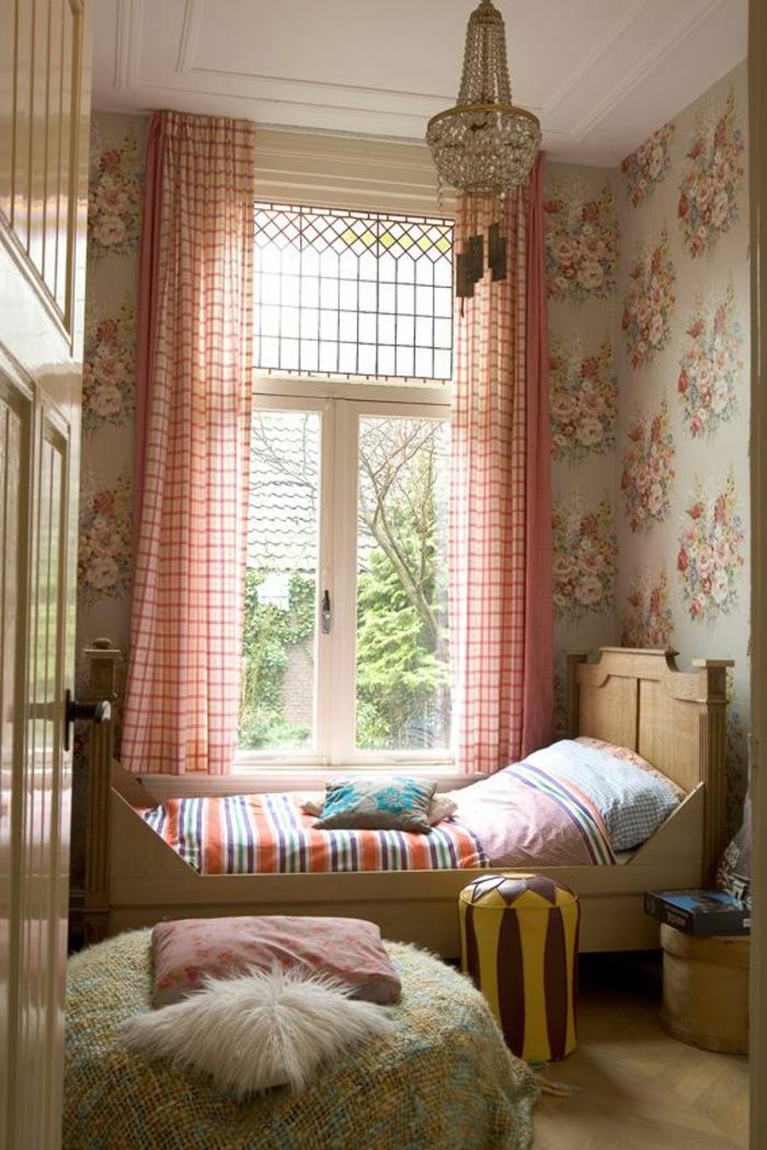 ou-touver-rideau-enfant-pas-cher-pour-une-chambre-garçon-coloré-rideaux-rouges-à_carreaux