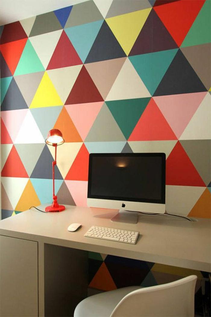 papier-peint-géométrique-papier-peint-leroy-merlin-en-forme-de-triangles-colorés