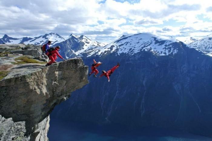 photos-sauter-en-parachute-expérience-inoubliable-vue-belle-magnifique-saut-de-roche