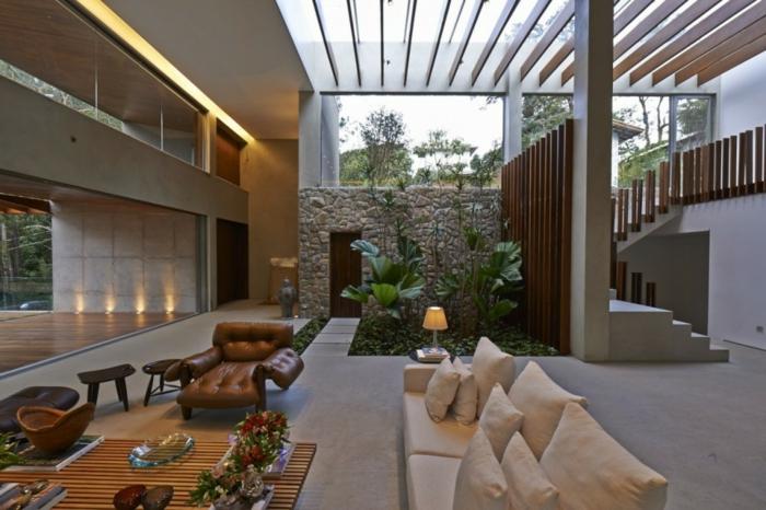 planter-du-basilic-jardin-intérieur-organization-salon-décoration-canapé-coin-jardin