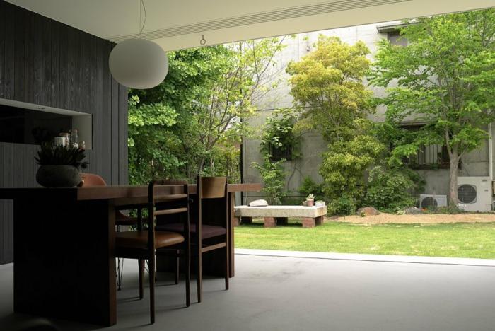 plantes-vertes-d-intérieur-déco-salon-bien-aménage-art-mural-avec-plantes