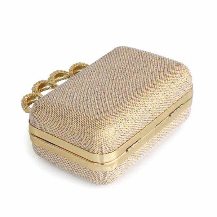 pochette-de-soirée-avec-anse-anneaux-dorés