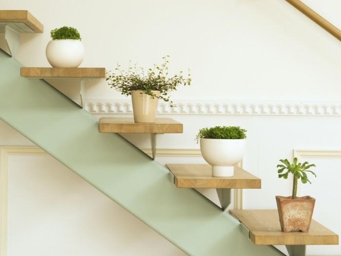 potager-d-appartement-plante-verte-d-intérieur-salle-de-séjour-escalier-cool