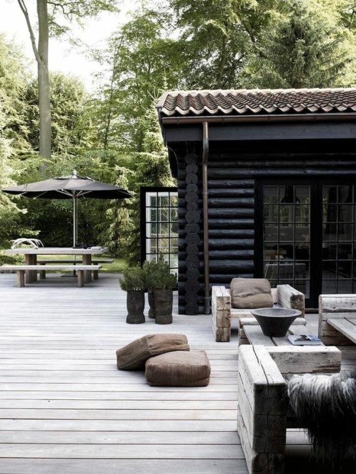 pour-bien-aménager-sa-terrasse-avec-meubles-en-bois-massif-de-style-rustique-sol-en-planchers-en-bois