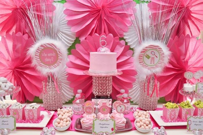 pour-votre-petite-princesse-la-meilleur-decoration-anniersaire-en-rose-Aurore-la-belle-au-bois-en-rose
