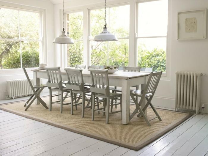 pour-votre-salon-un-tapis-beige-style-jonc-de-mer-original-idée-salle-à-manger