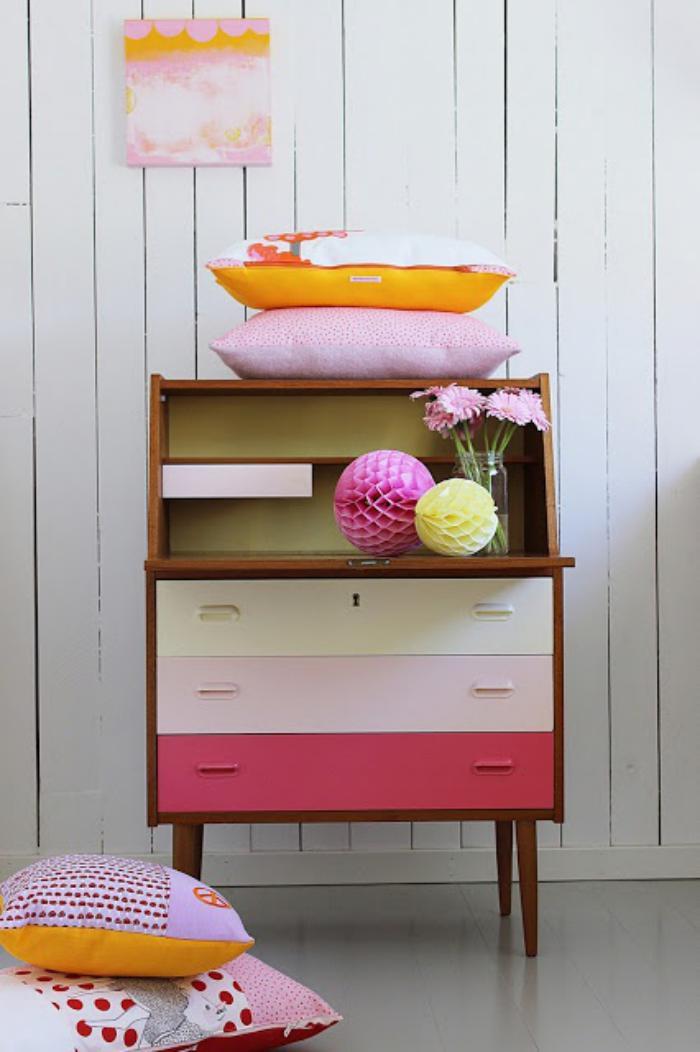 relooker-des-meubles-commode-relookée-belles-couleurs
