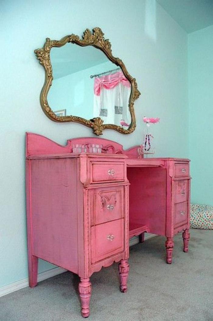 relooker-des-meubles-commode-vintage-peinte-rose