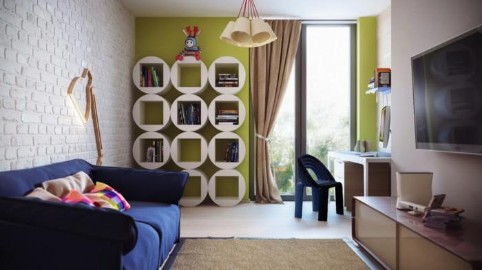 rideaux-enfants-beiges-dans-la-chambre-d-enfant-avec-murs-verts-et-tapis-beige