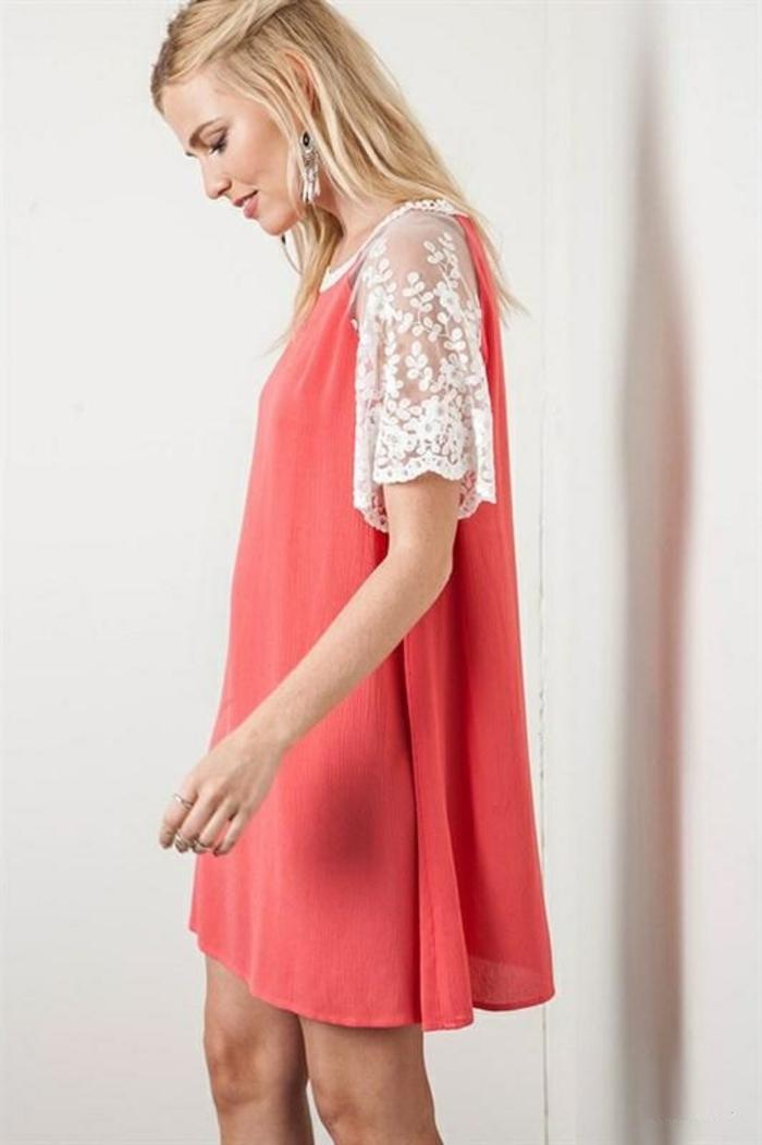 robe-fluide-et-droite-comment-accessoiriser-tenue-en-rose