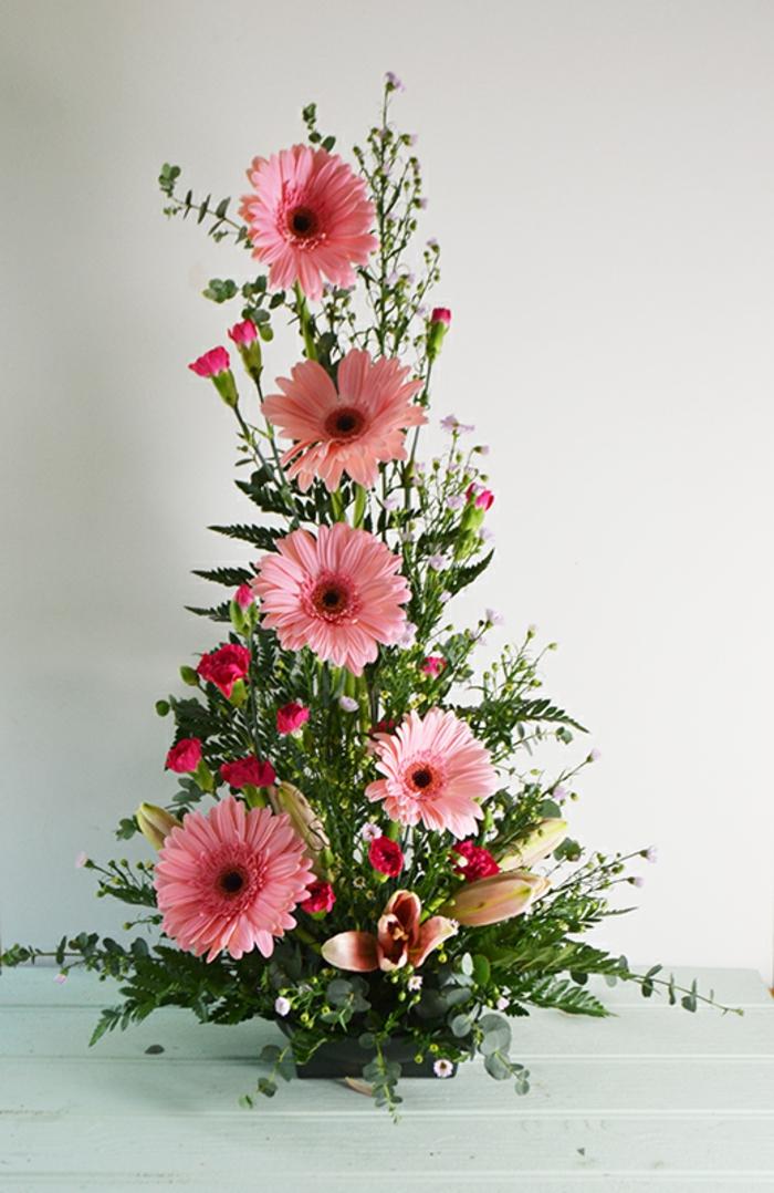 art-floral-moderne-bouquet-symétrique