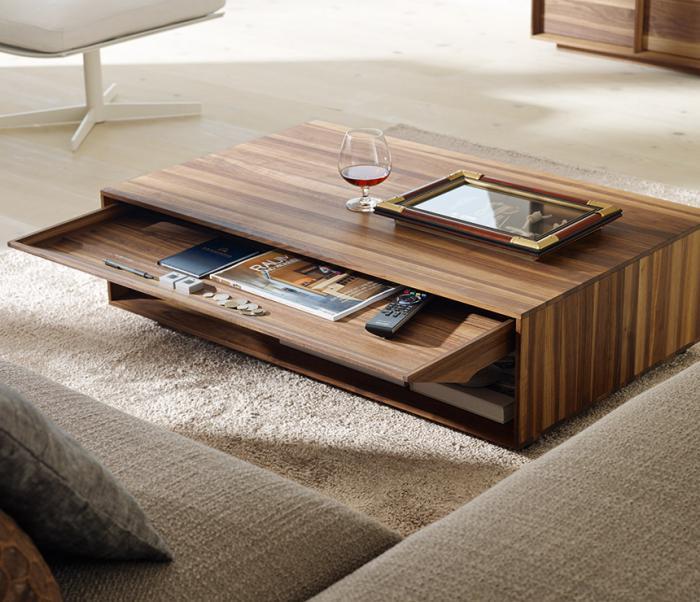 La table basse avec tiroir un meuble pratique et d co - Table salon avec rangement ...