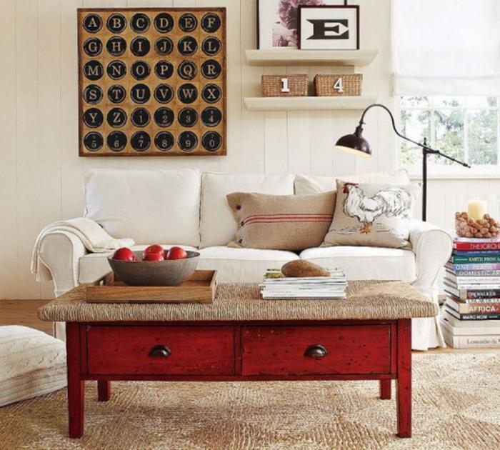 table-basse-avec-tiroir-modèle-vintage-rouge-housses-de-coussins-diy