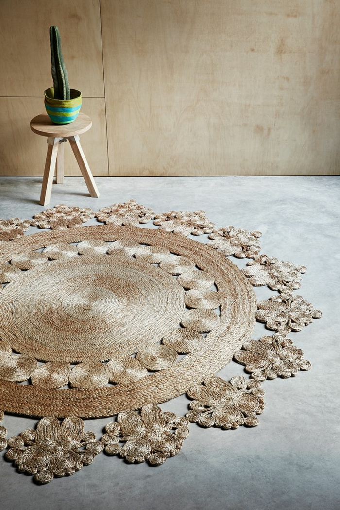tapis-jonc-de-mer-aménagement-salle-de-séjour-idées-créative-tapis-rond