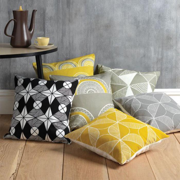 tissu-scandinave-décoration-scandinave-sur-des-coussins