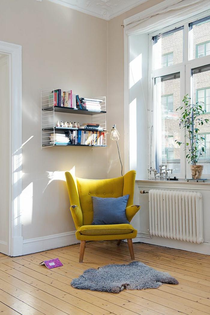 un-fauteuil-relax-pas-cher-pour-lire-des-livres-dans-le-salon
