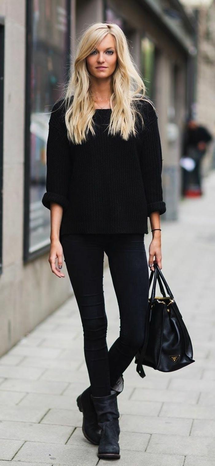 un-outfit-all-black-pour-les-filles-blondes-et-bottine-pas-cher-noir