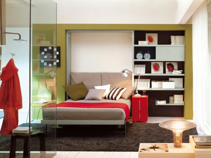 une-jolie-chambre-à-coucher-avec-tapis-gris-et-monsieur-meuble-gain-de-place