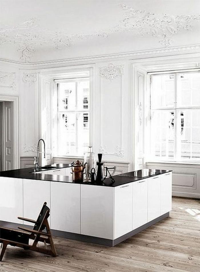 une-jolie-cuisine-laquée-blanche-en-forme-de-p-meubles-laqués-blanches-noires