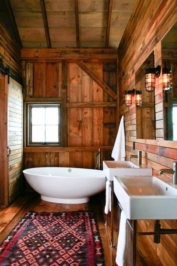 une-jolie-salle-de-bain-en-bois-foncé-et-tapis-rouge-et-noir-meubles-de-salle-de-bain