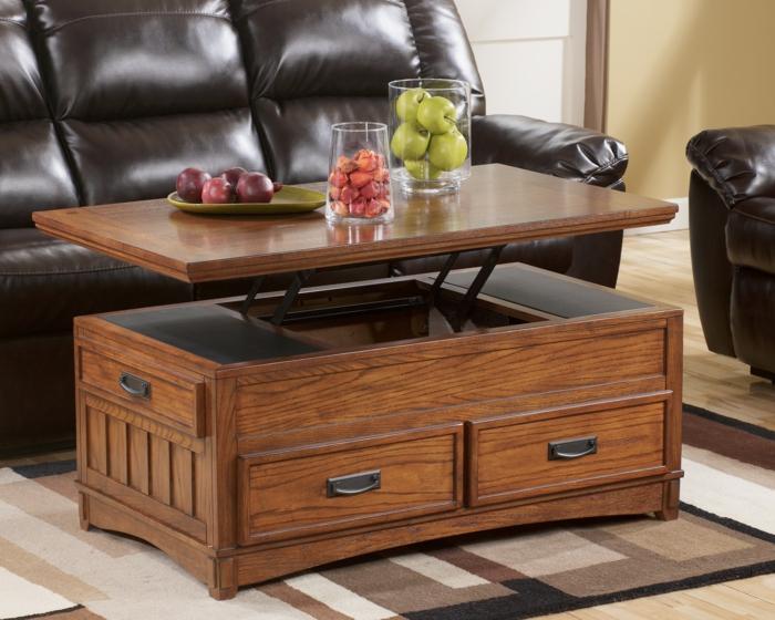 une-jolie-table-de-salon-en-bois-foncé-canapé-en-cuir-marron-pour-le-salon