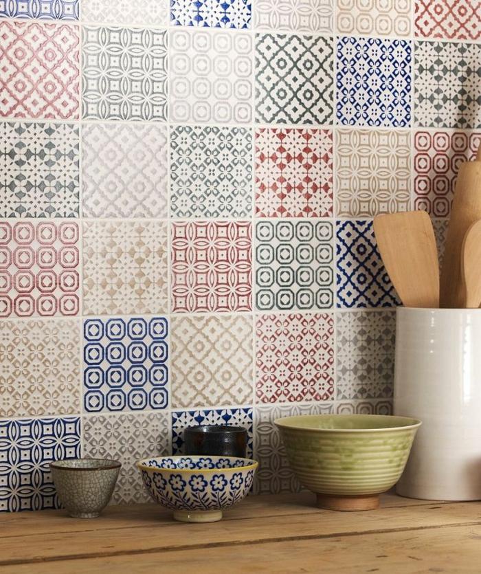 Bien Couleur De Mur De Cuisine #7: 0-carrelage-mural-castorama-pour-la-cuisine-moderne-avec-mur-de-carrelage-coloré.jpg