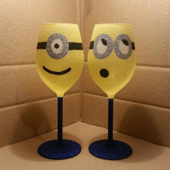 0-verres-à-vin-mignons-jaunes-comment-decorer-les-verres-à-vin