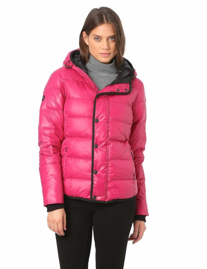 1-anorak-ski-femme-rose-manteau-ski-femme-rose-pas-cher-pour-etre-a-la-mode